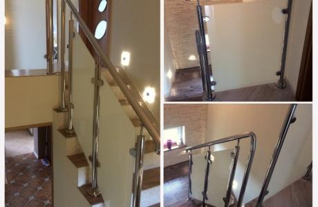 balustrada nierdzewna na klatce schodowej-szkło
