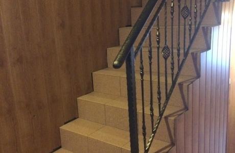 balustrada na klatce schodowej